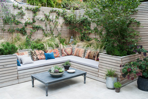 Outdoor Landscape Sitting 10 Beautiful Garden Fences and Walls
