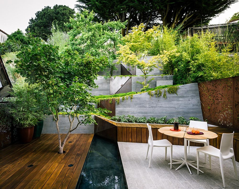 Outdoor Landscape Sitting Multi Layered Japanese Style Garden and Sitting Area